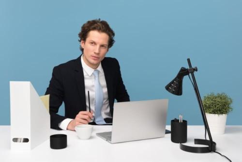 [テレワーク効率UP!] 仕事机を風水して仕事運を上げる方法
